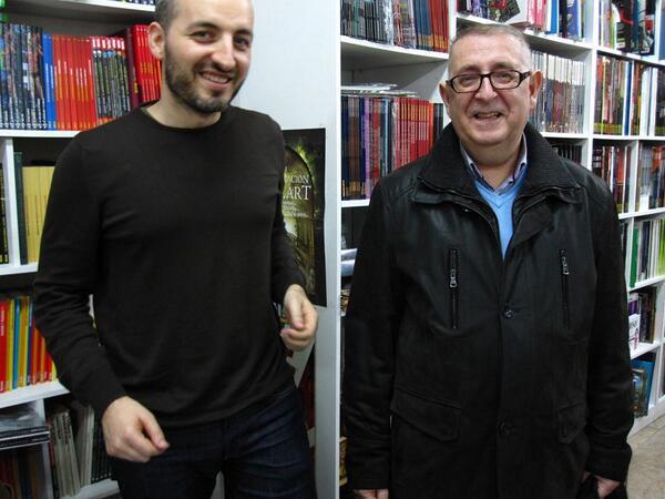 Pepe Fernández, junto al dibujante David López (izda.). Foto propiedad de @davizlopez y tomada de la web Viñetario (http://www.viñetario.com/?p=6032)